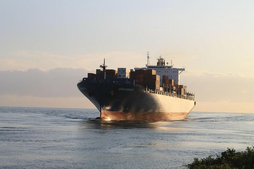 container-transporte-ukraine-schiff